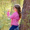 Çamlar ve Küçük Kız